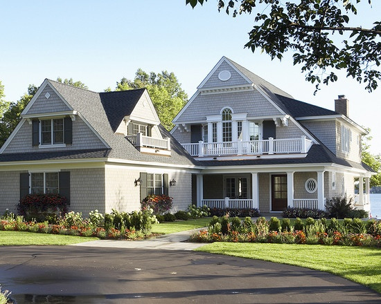 44 best images about cape cod homes interiors on pinterest for Cape cod exterior design