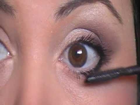Maquillaje correctivo ojos redondos - YouTube