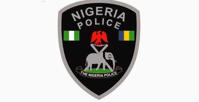 Policemen kill driver, conductor over N500 bribe - http://www.77evenbusiness.com/policemen-kill-driver-conductor-over-n500-bribe/