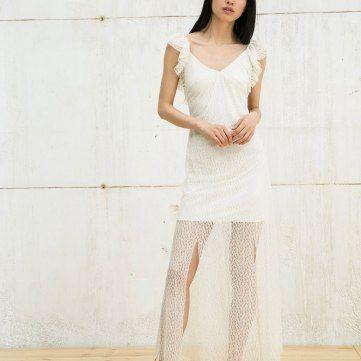 Bershka - vestido blonda con manga volante
