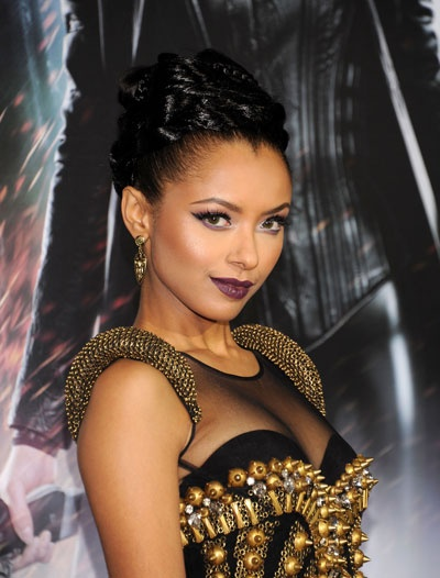 Oddly Appealing: Kat Graham's Vampire-Chic Hair and Makeup Look (It's Insanely Hot!): Girls in the Beauty Department