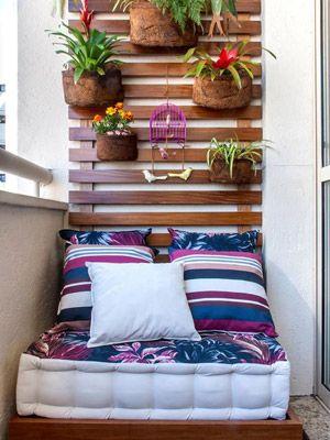 Flores na varanda do seu apartamento = perfeito.