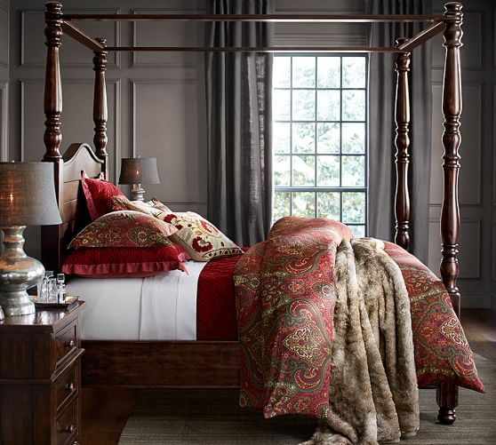 Sewn with plush velvet on one side, smooth silk on the reverse, our quilted bedding doubles the comfort and style of your bed. ~by Pottery Barn