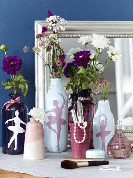 Welches Mädchen träumt nicht davon eine berühmte Ballerina zu sein? Diese süße DIY-Vase gehört also in jede echte Mädchenwohnung.