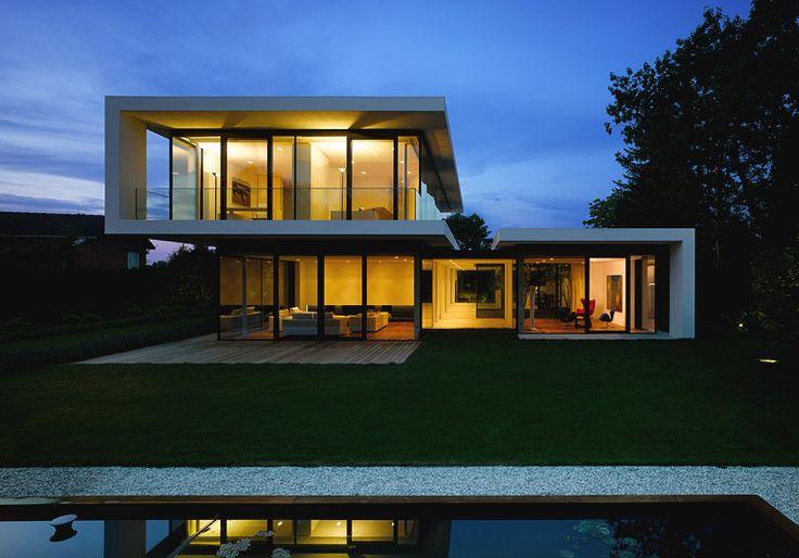House by Weber + Hummel Architekten BDA  www.weber-hummel.de