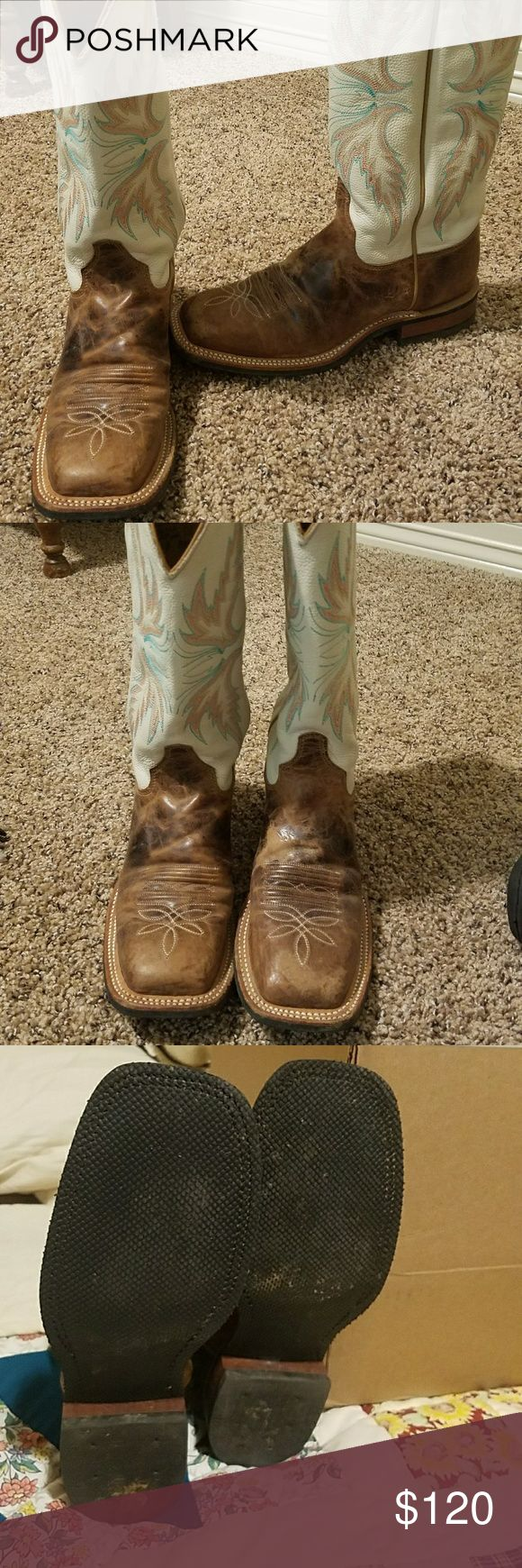 Women's Justin square toe boots Great condition boots, I wore once got from here but are to tight. These boots are georgous. Lots of life left. Justin Boots Shoes Winter & Rain Boots