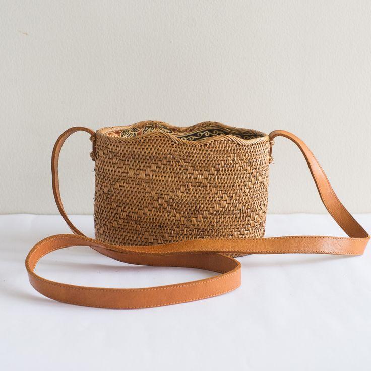 SIMONA Wave Rattan Bag with Batik Lining