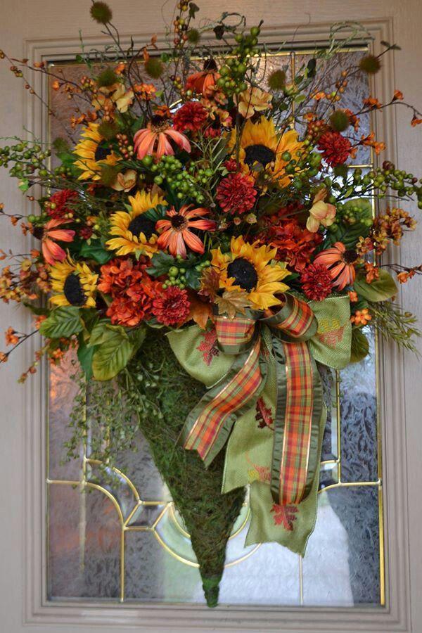 Thanksgiving Flowers On Door; cornucopia