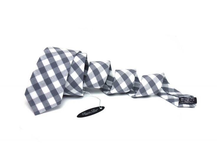 http://www.galantier.cz/obleceni-a-moda/sedobila-kostkovana-kravata/?utm_source=pinterest&utm_medium=display&utm_campaign=kravaty
