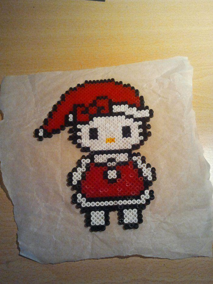 Hello Kitty Christmas hama perler by broderielo -skyrock