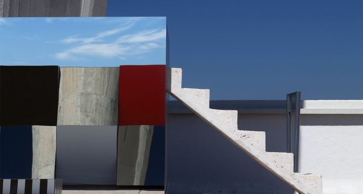 Daniel Buren - DEFINI FINI INFINI, Travaux in Situ @ MAMO (Marseille)