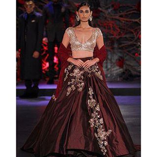 Manish Malhotra.  #indianfashion #fashionweek #indianbridal #indian #fashion #vogueindia #anjumodi #indiandesigner #wedding #indianwedding #bridal #indiancouture #sabyasachi #monishajaising #gauravgupta #varunbahl #manisharora #indianwedding #indianrunway #wedding #vogue #bride #rohitbal #indiacoutureweek #manishmalhotra #anitadongre #payalsinghal #indianbride #taruntahiliani #neetalulla #bride #sonamkapoor