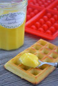 Cette crème au citron accompagnera à merveille vos crêpes, gaufres ou plus simplement vos tartines et brioches du quotidien. Je la fais au ...