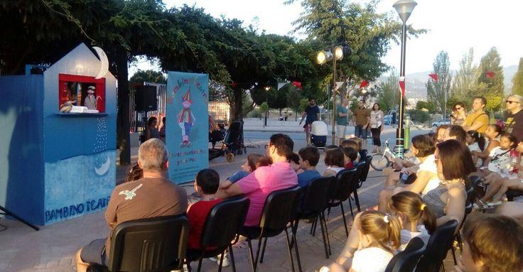 """SALOBREÑA. Este sábado, 29 de julio, a partir de las 21:00 horas en el Parque La Fuente I, podremos disfrutar del espectáculo de teatro de cachiporra """"La casa encantada"""","""