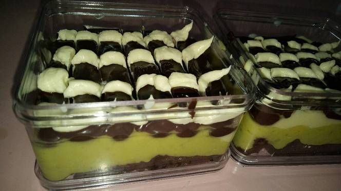 Brownies alpukat with cream brulee #browniesalpukat