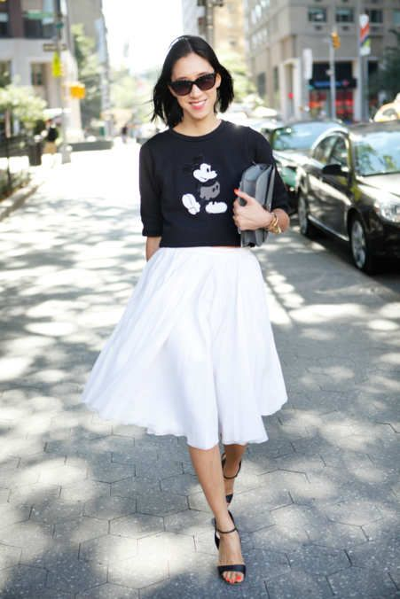 How To Style Your Mickey T-Shirt Like a Fashion Blogger