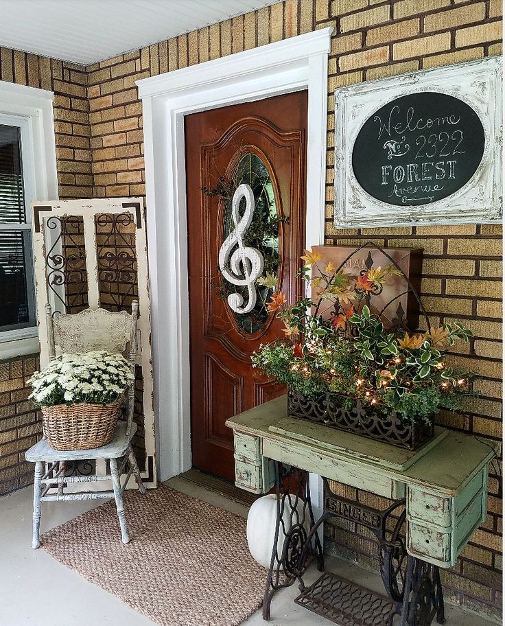 Beautiful fall home tour harvest home blop farmhouse Beautiful fall front porches