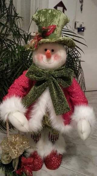 Nieve muy navideño                                                                                                                                                                                 Más
