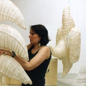 sculptural papermaking - Marielle van den Bergh