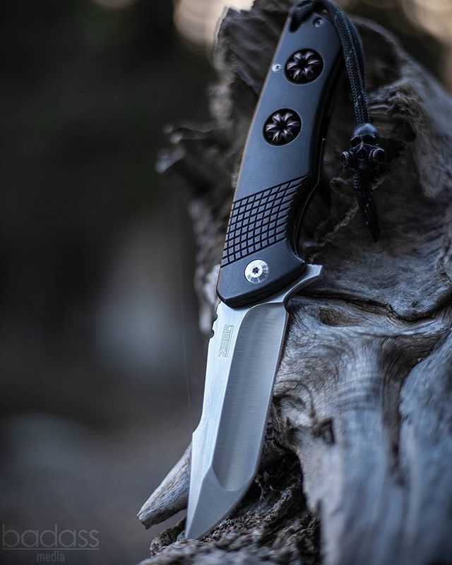 @Michael_Zieba S2 Flipper & Bead. Available ONLY through @FortHenryCustomKnives (FortHenryCustomKnives.com). This knife is 100% amazing in every way, shape, and form. • @TheKnifeClub @TheKnifeClub @TheKnifeClub