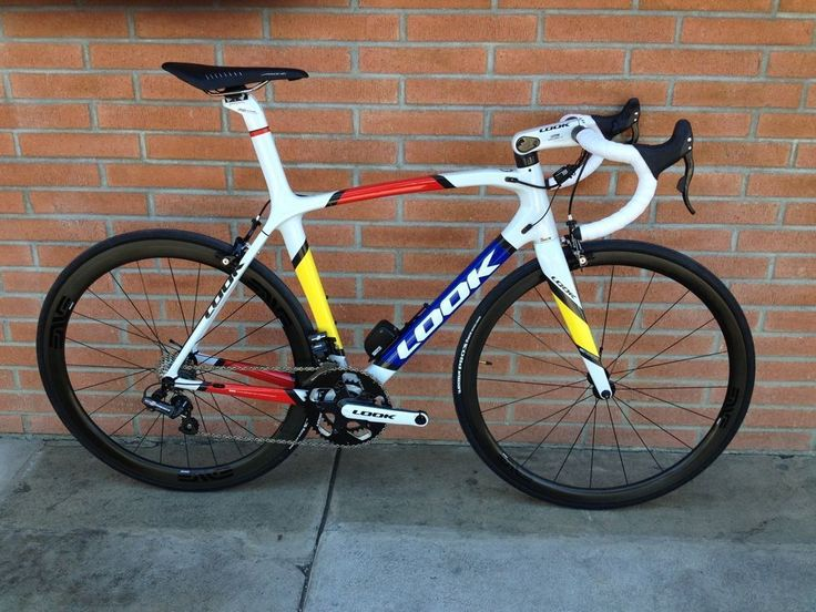 LOOK 695 carbon road bike with Campagnolo EPS #Look -->