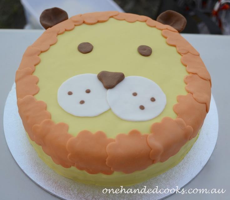 Best 25 Lion cakes ideas on Pinterest Lion birthday cakes Lion