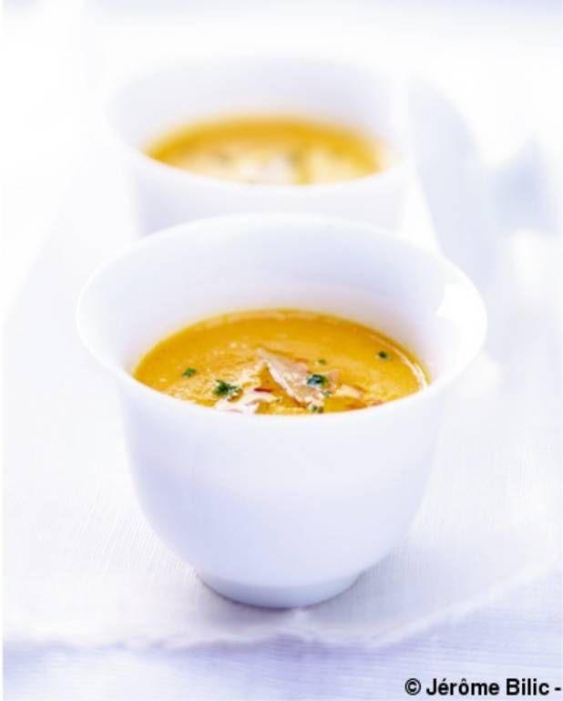 Velouté de potimarron au foie gras pour 6 personnes - Recettes Elle à Table