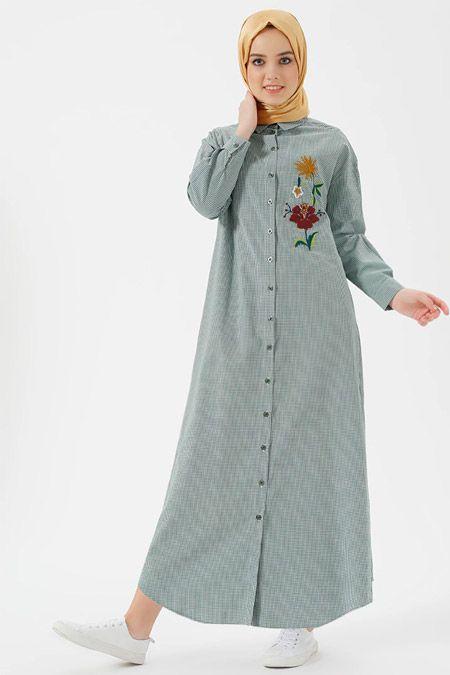 Benin Yeşil Nakış Detaylı Kareli Elbise