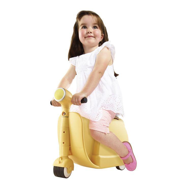 Koppel het nuttige, aan het aangename. Loopauto geschikt als koffer. Berg er spullen in op en laat je kind ermee rondrijden!