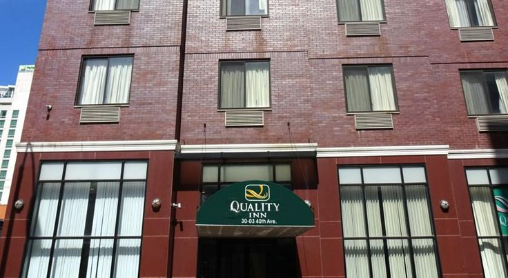 Quality Inn Long Island City Queens This Long Island City hotel is a 7-minute walk from the Queens Plaza Subway Station, offering access to New York City.  It offers a continental breakfast and rooms with a flat-screen plasma TV.