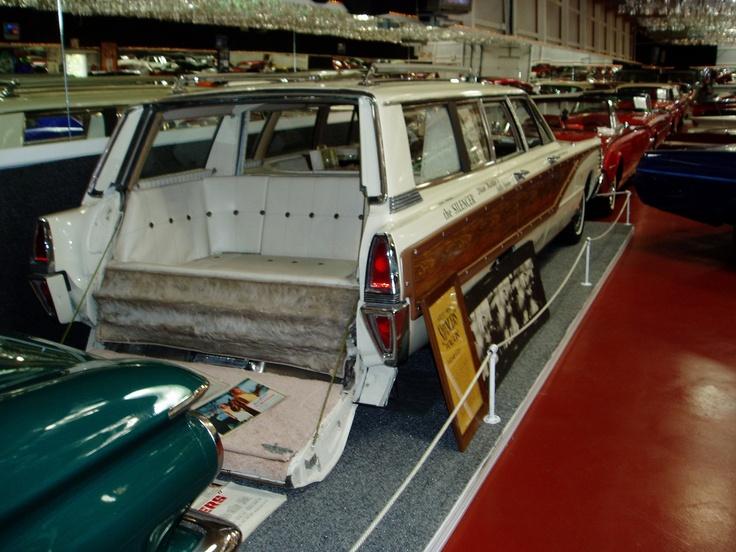 Dean Martin's Wagon as Matt Helm. | Volo Auto Museum ...