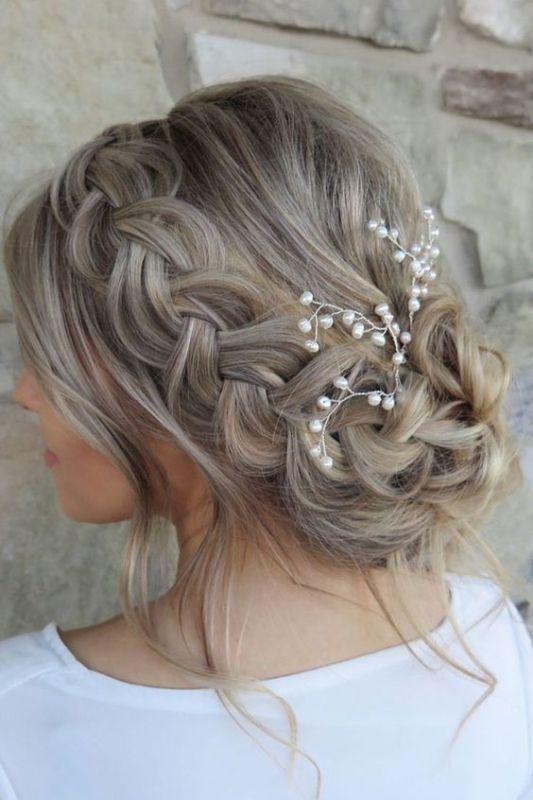 81+ Beautiful Wedding Hairstyles for Elegant Brides in 2018