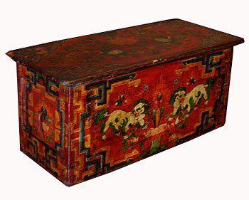 19 века Таблица, Тибет, роспись по дереву, представляет снежные львы и горящие драгоценности/   красный стол