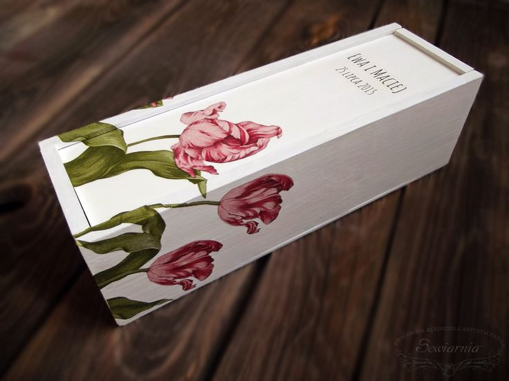 Wedding wine box with tulips (decoupage & transfer) / Ślubna skrzynka na wino