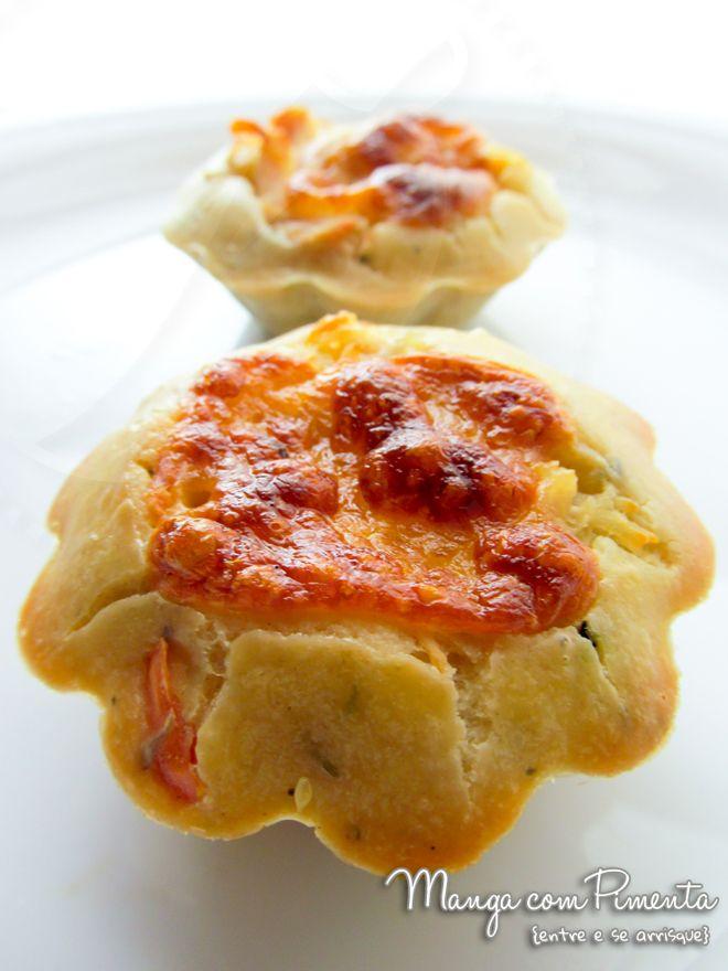 Cupcakes salgados - manga com pimenta - http://mangacompimenta.com/2012/11/30/meus-cupcake-salgados-para-um-lanche-no-final-do-dia/