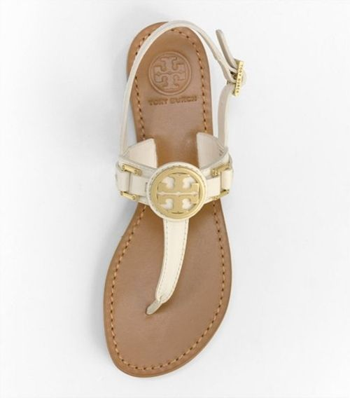 tory: Burch Sandals, Summer Sandals, Clothing, Summer Style, Beautiful, White Sandals, Tory Burch, Feet, Toryburch