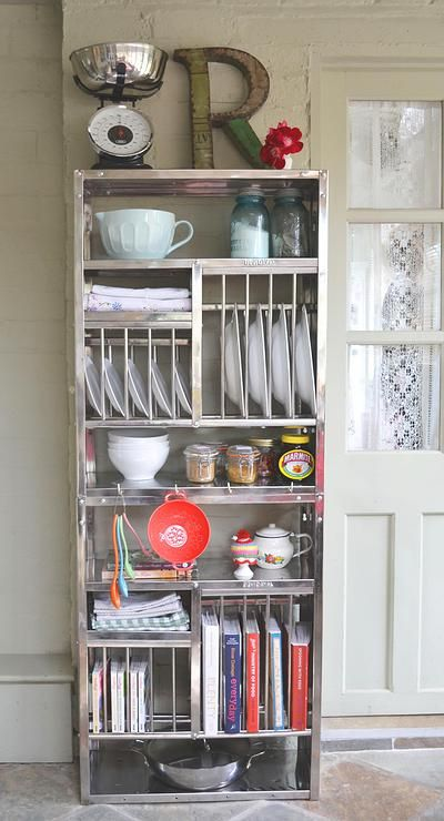 The Plate Rack hanging tips www.theplaterack.co.uk
