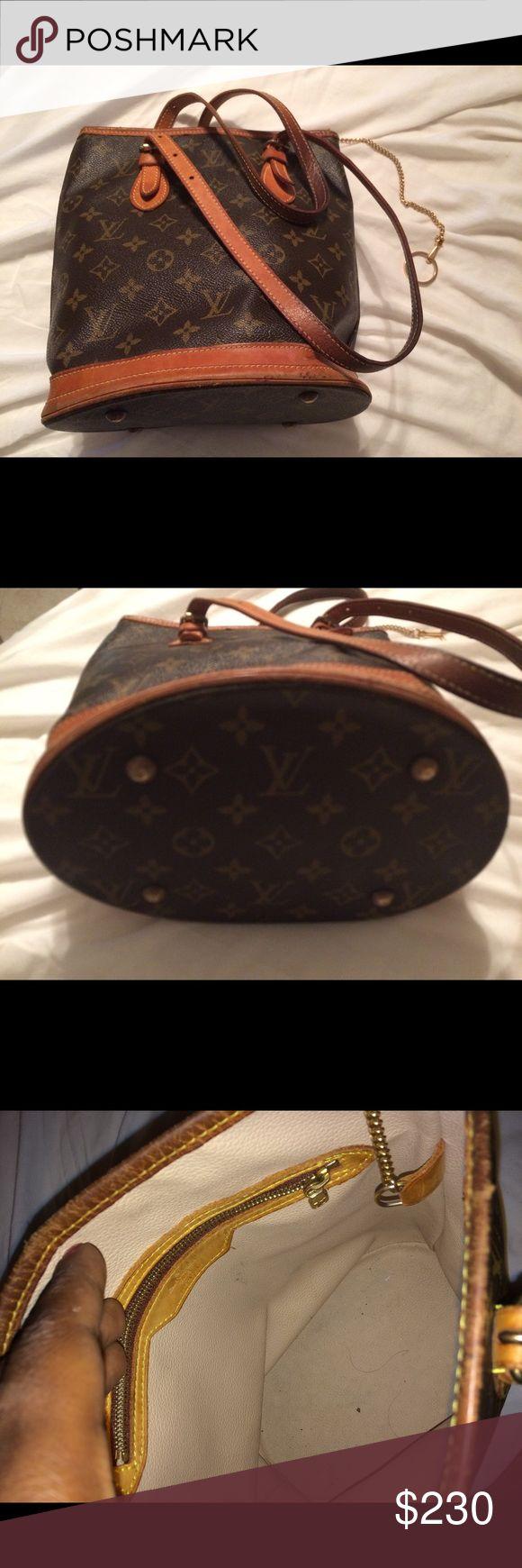 💯%  Authentic LV mini bucket bag 100% authentic LV Small bucket bag Louis Vuitton Bags Shoulder Bags