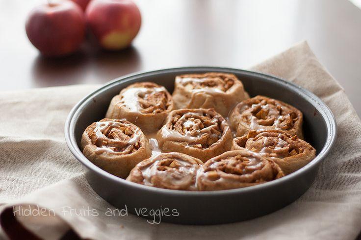 Fat Free, Whole Wheat Apple Pie Cinnamon Rolls #vegan