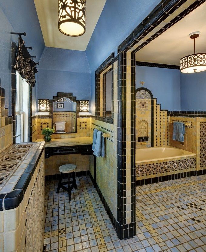 BLUE AND YELLOW BATHROOMS TO CREATE A TIMELESS COLOR SCHEME http://maisonvalentina.net/blog/blue-yellow-bathrooms-create-timeless-color-scheme/ #bathroomcolor #colorscheme #interiordesign #timelesscolor #designtrends #colortrends #colorschemes #designtrends2016