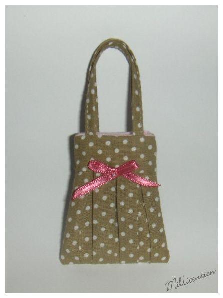 Beige & white polka dot Barbie doll bag