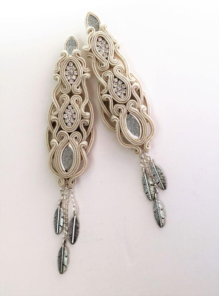 Silver in ecru- long earrings 13 cm