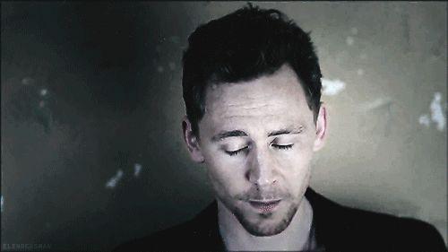 Cet élégant léopard des neiges nommé Tom Hiddleston. | Parviendrez-vous à finir ce post sans glousser de plaisir ?