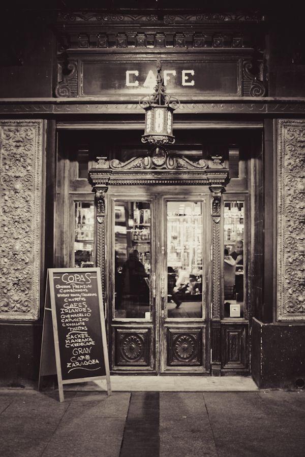 Cafe Zaragoza by José González, via 500px