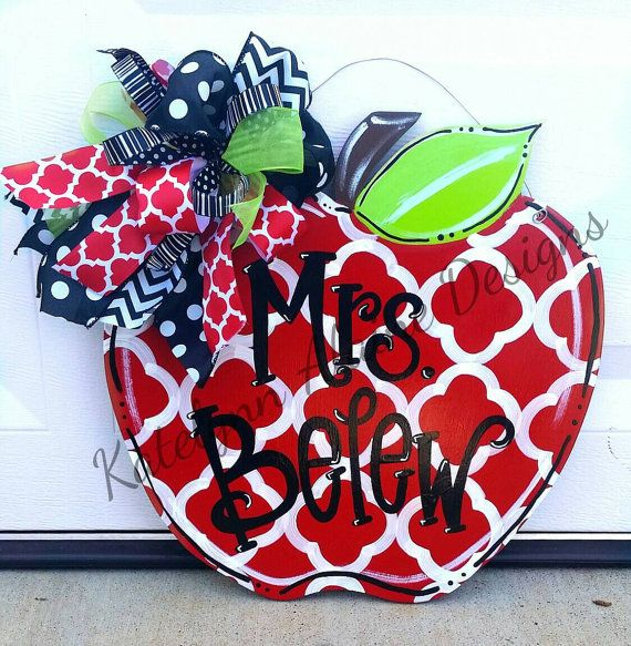 Personalized Teacher Apple Name Sign by KatelynnAlaineDesign