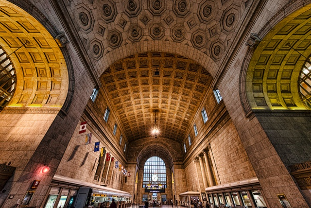 how to get to toronto island from union station
