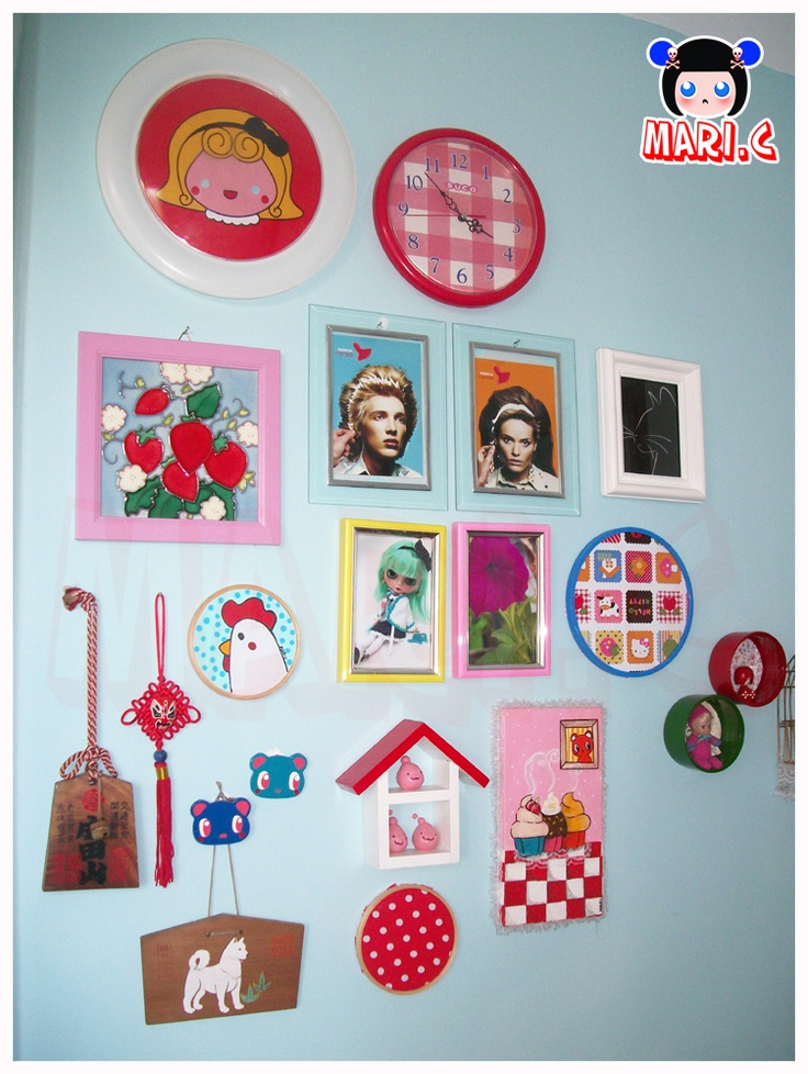 Cute Wall By Mari C The Round Frame Besides The Clock