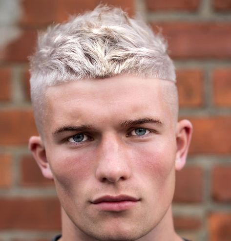 Short Cropped Hair Taper Fade Part Best Men S Hairstyles Cool Haircuts For Men Most Popular Mens Haircuts Short Mens Hairstyles Short Haircuts For Men