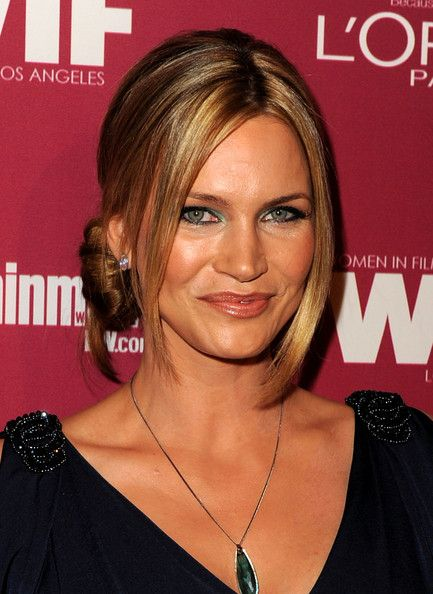 Natasha Henstridge Photos - The 2011 Entertainment Weekly And Women In Film Pre-Emmy Party Sponsored By L'Oreal - Zimbio