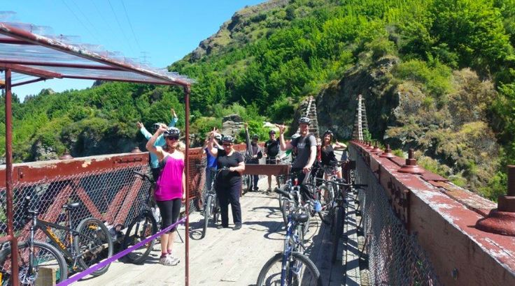Bike tour from Arrowtown to Gibbston Valley